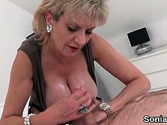 Unfaithful british mature lady sonia shows her large natural