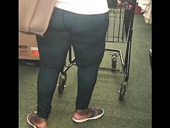 Big black granny ass in dollar tree pt.1