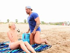 Skinny blonde Lola Taylor bangs with a friend while he chokes her