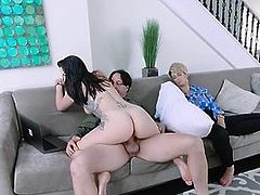 Thick Young Step Daughter Cam Girl Fucks Dad While Mom Sleep