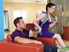 Jenna Ross and Jennifer White getting their pussies rammed