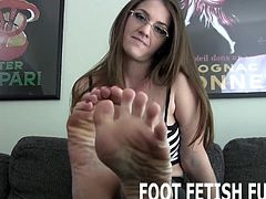 I will let your worship my perfect feet