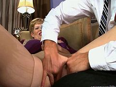 Sindee Dix - nasty granny banged by an younger guy