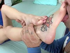 Kiera Winters gets her feet and pussy fucked