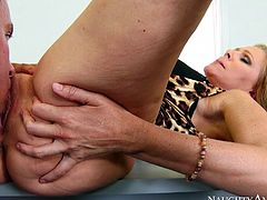 Naughty America American Julia Ann fucking in the floor with
