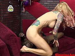 Blonde milf gets her ass and box licked by her big black friend