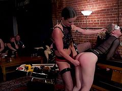 There are two women in the game and they need to make love in front of curious spectators, using various kinky sex toys. Breathtaking ass spanking, punishment and sensual pussy licking will drive you crazy!