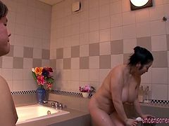 Watch the beautiful big natural Japanese girl Minako Komukai having intimate bath session with her boyfriend. She cleans the guy's body and let his cock fuck her huge natural tits.